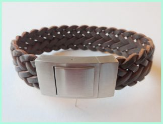 Breed gevlochten leren armband donkerbruin